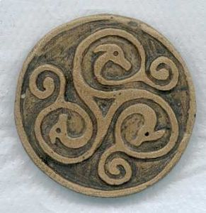 Birds head celtic handmade pendant
